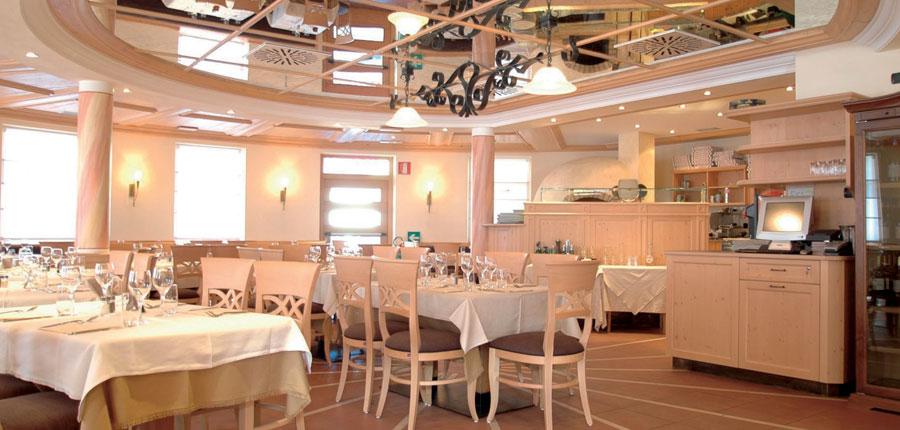italy_livigno_hotel-touring_restaurant.jpg